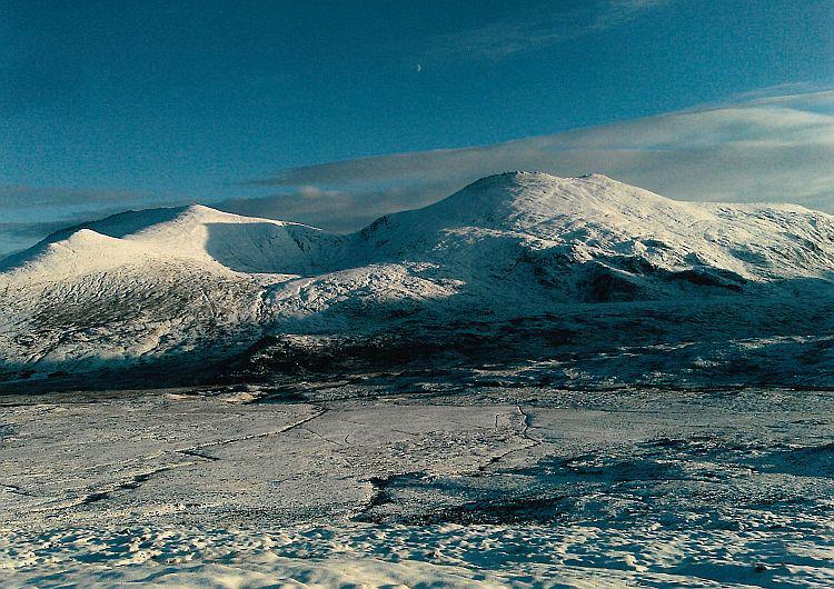 Sweet, soft snow clad Westcoast mountains.